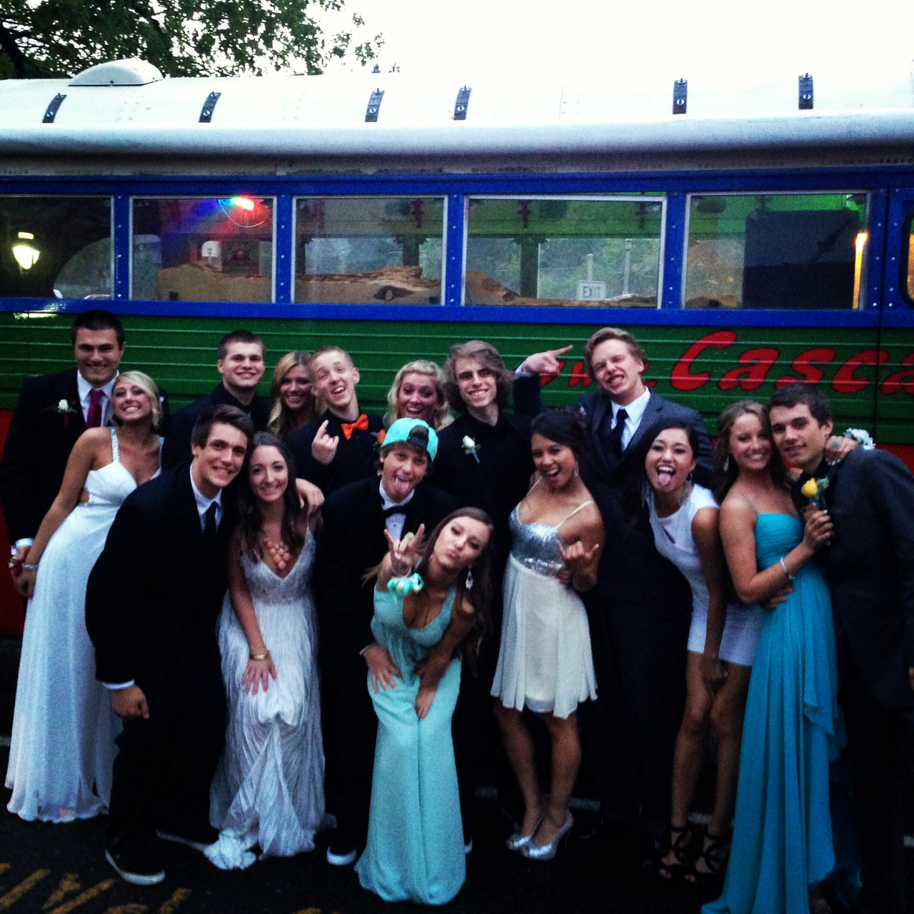What's Going On!Prom Party Bus… Portland style in Oregon and Washington